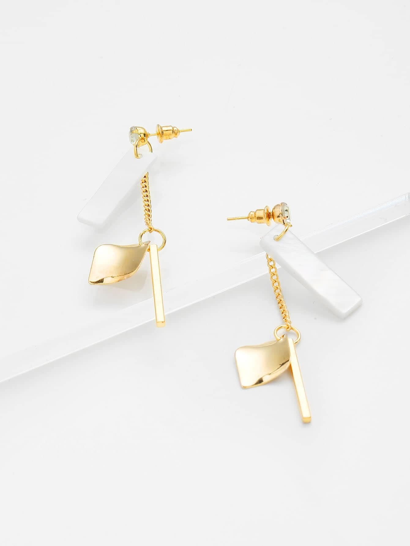 Фото Rhinestone Detail Geometric Drop Earrings. Купить с доставкой