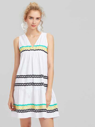 Wave Print Sleeveless Dress