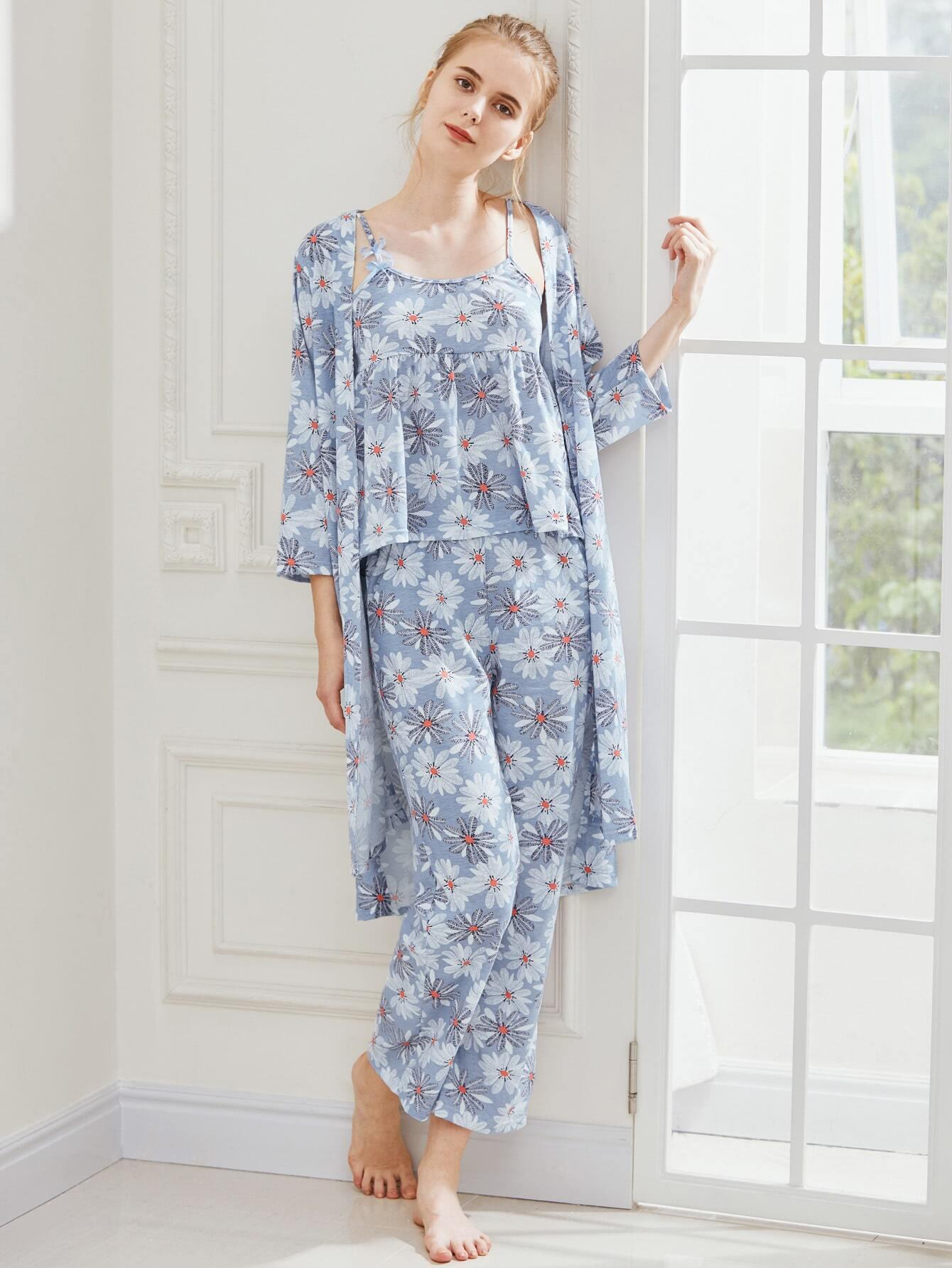 Фото Daisy Print Cami Pajama Set With Robe. Купить с доставкой