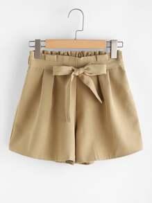 Shorts con cordón en la parte delantera
