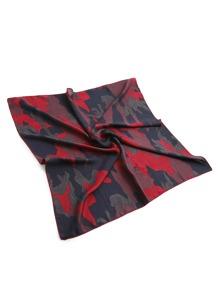 Bandana de satén con estampado camuflaje