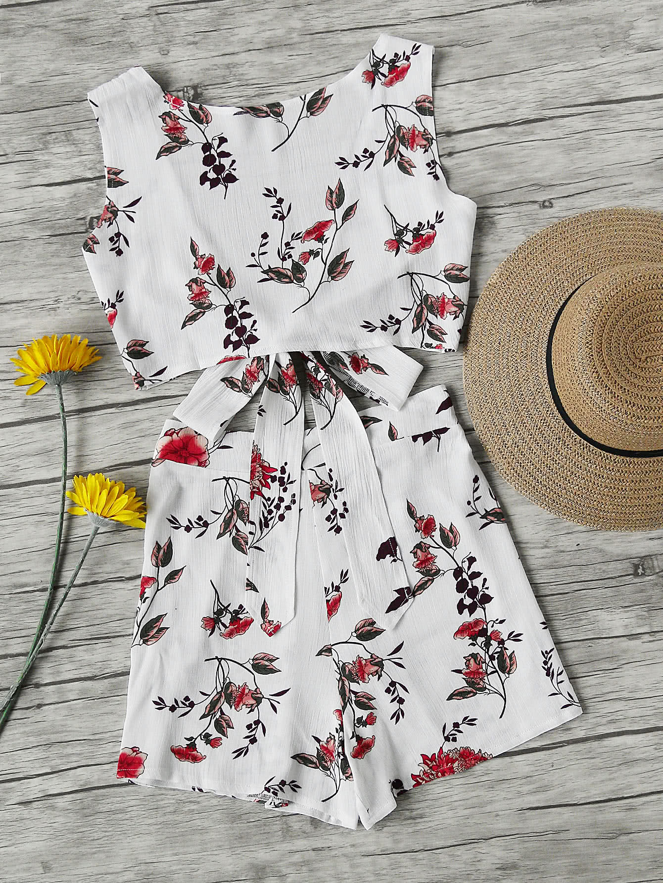 Фото Floral Print V Back Tie Multiway Top With Shorts. Купить с доставкой