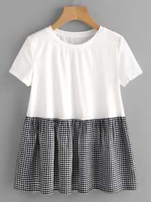 Tee-shirt babydoll découpé à carreaux avec des plis