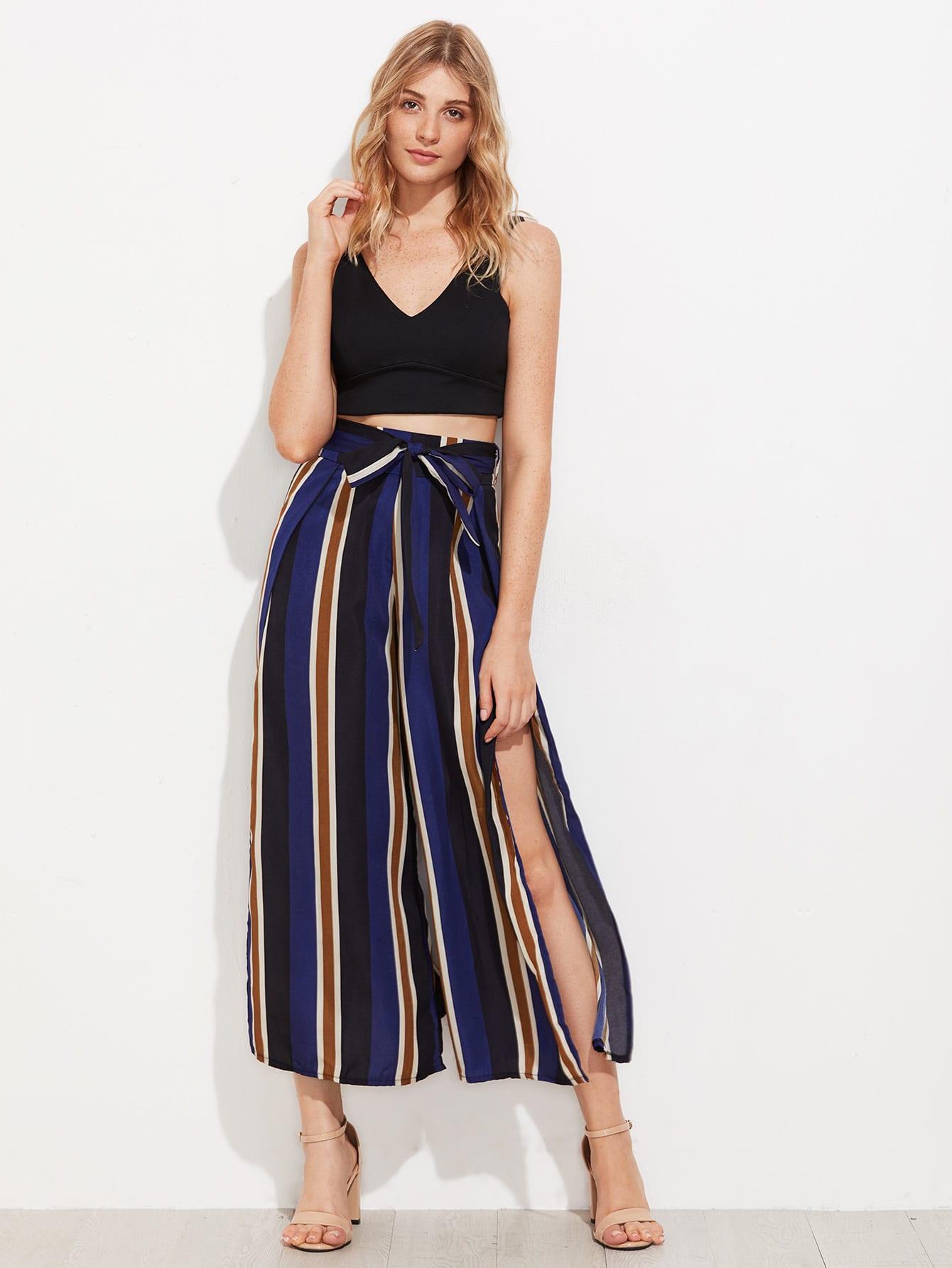 Pantalones de rayas verticales con abertura en la parte - Paredes a rayas verticales ...