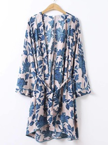 Kimono avec un lacet