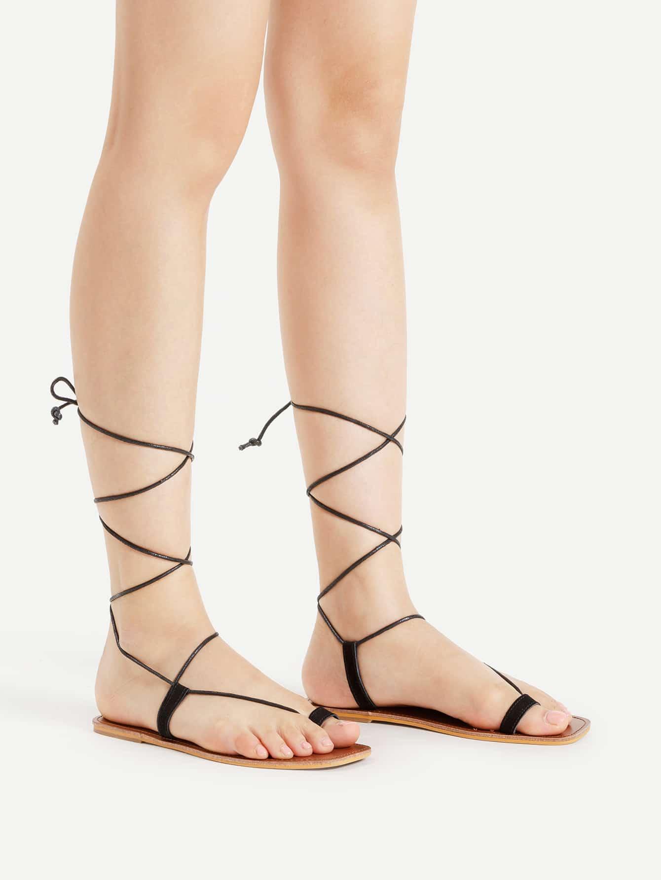 Фото Toe Ring Tie Leg Flat Sandals. Купить с доставкой