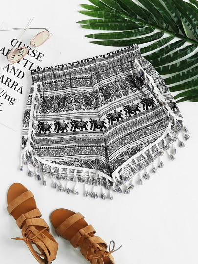 Shorts con estampado tribal con borlas