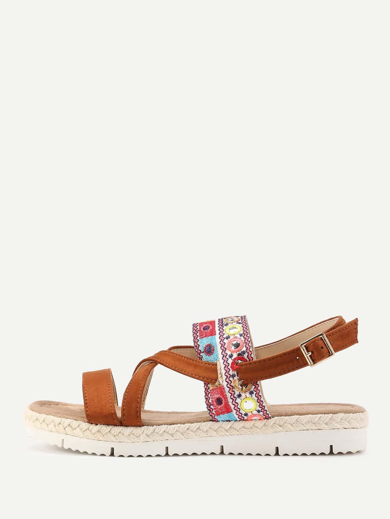 Фото Embroidery Detail Flatform Sandals. Купить с доставкой