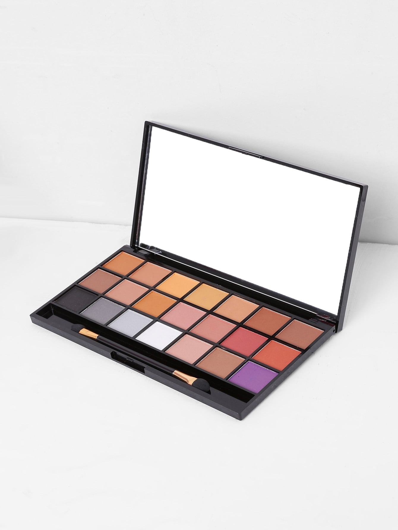 Фото Eyeshadow Palette With Brush. Купить с доставкой