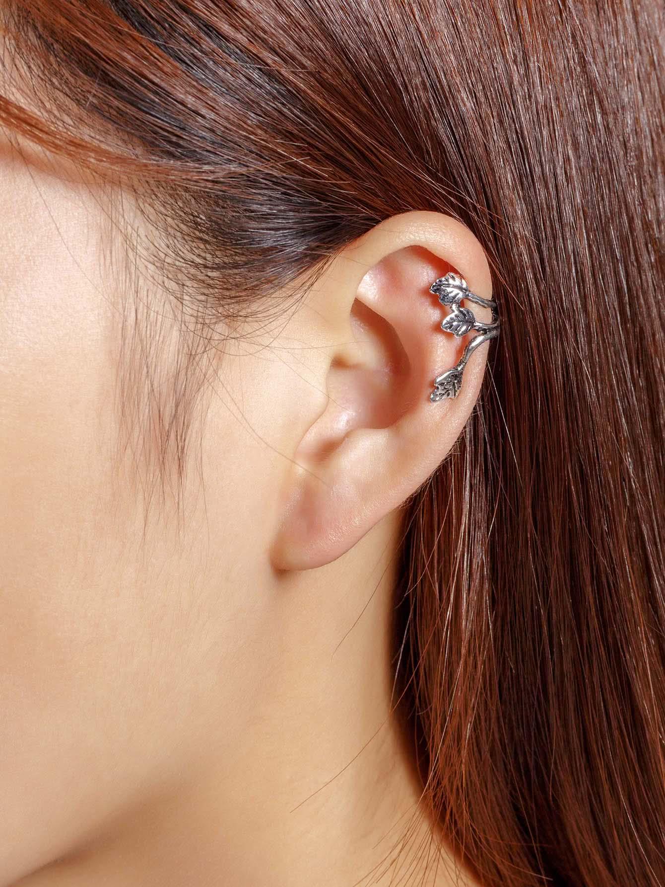 Metal Three Leaves Ear Cuff 1pcs