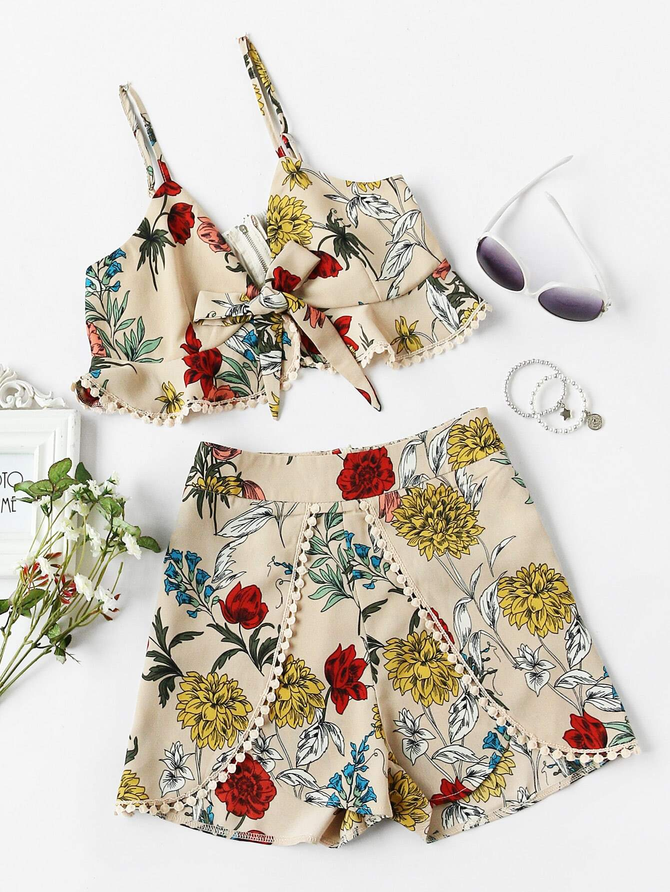 Фото Tie Front Frilled Cami And Dot Crochet Wrap Shorts. Купить с доставкой