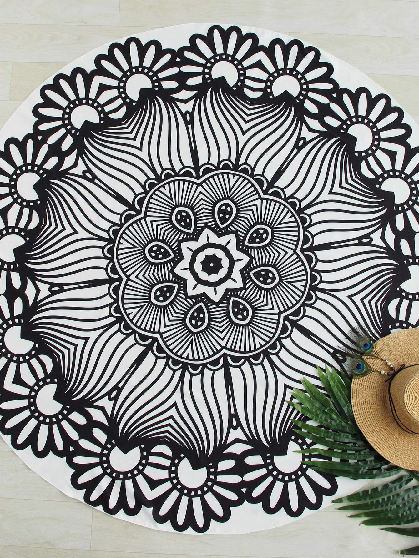 Two Tone Flower Print Round Beach Blanket