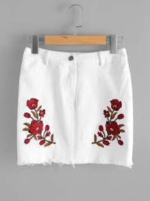 Flower Embroidered Raw Cut Fitted Skirt