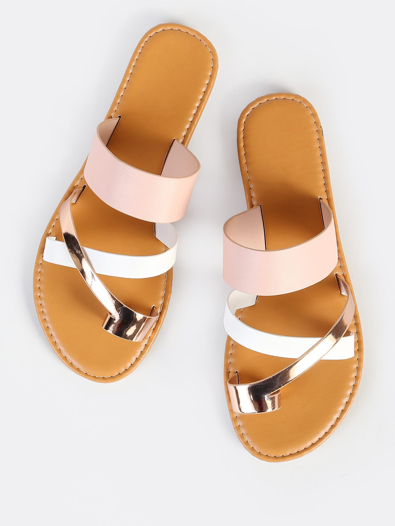 все цены на Multi Toe Ring Sandals BLUSH MULTI