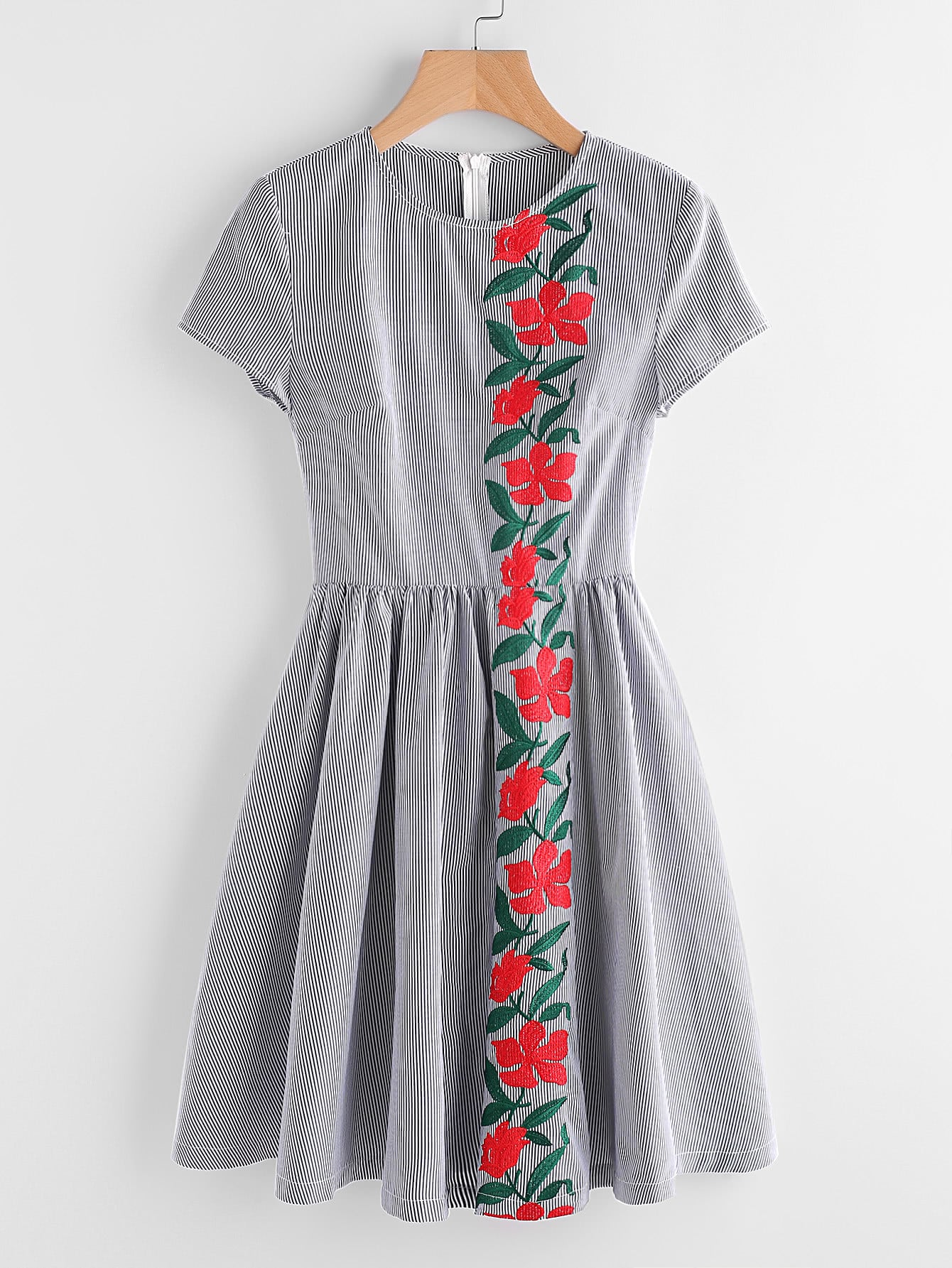 Фото Embroidered Flower Panel Fit And Flare Striped Dress. Купить с доставкой