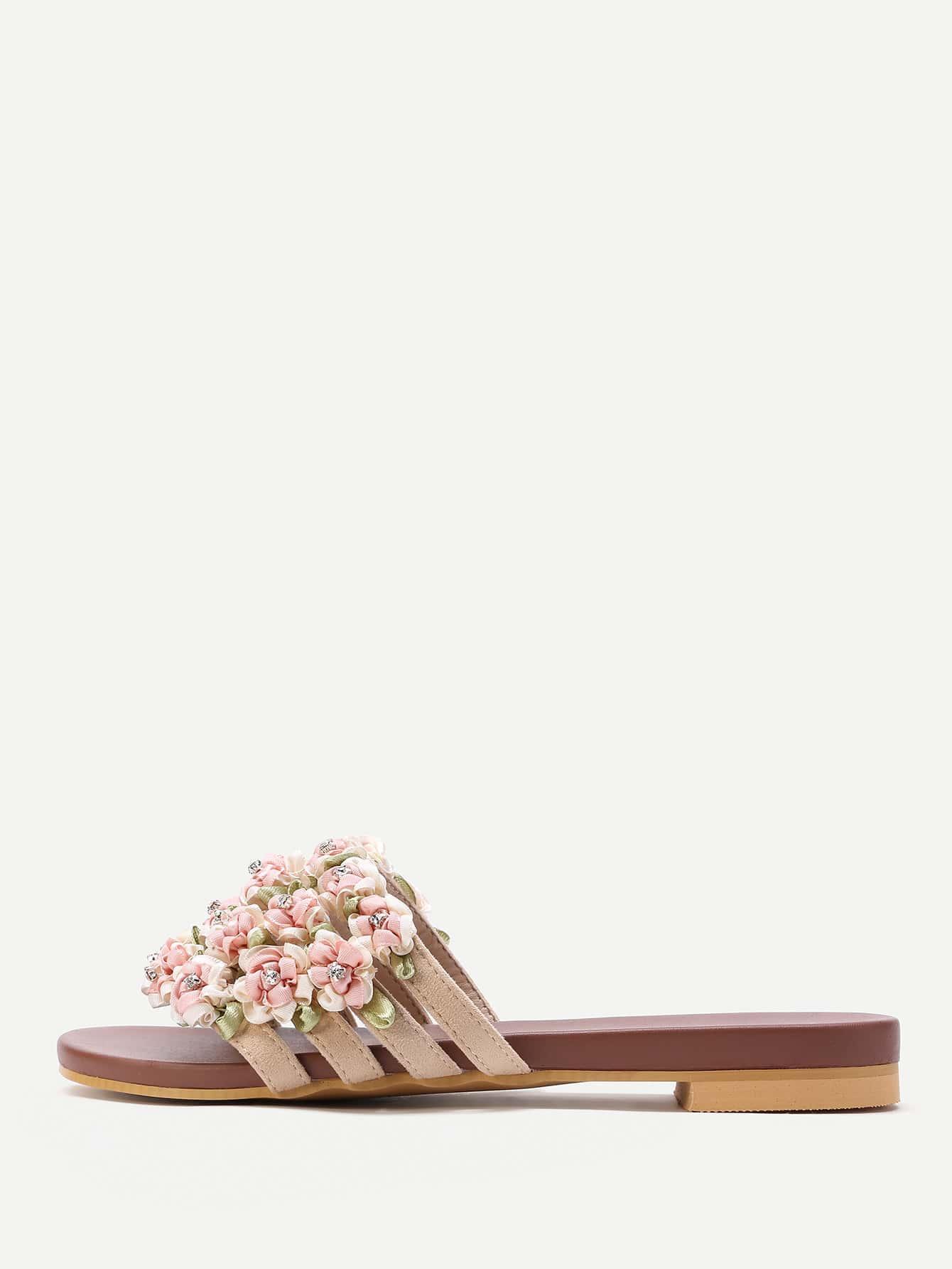 Фото Flower Embellished Slip On Sandals. Купить с доставкой