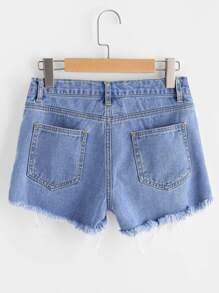 Модные джинсовые шорты с разрезами фотографии