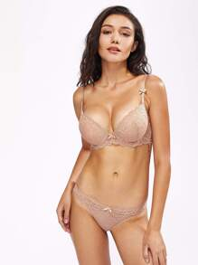 Lace Overlay Scallop Trim Underwire Set