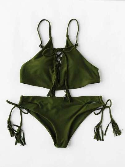 Ensemble de bikini croisé avec des franges
