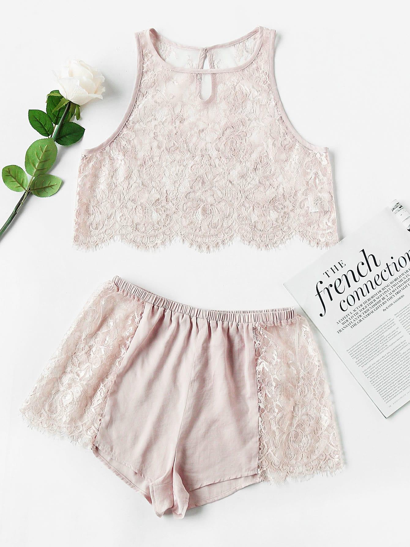 Фото Keyhole Scallop Hem Lace Crop Tank & Shorts Pajama Set. Купить с доставкой