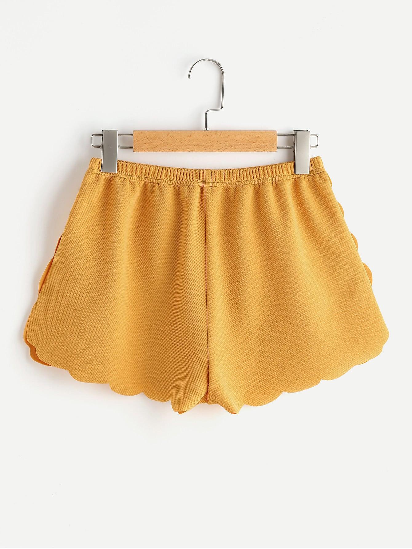 Фото Elasticized Waist Scallop Edge Textured Shorts. Купить с доставкой