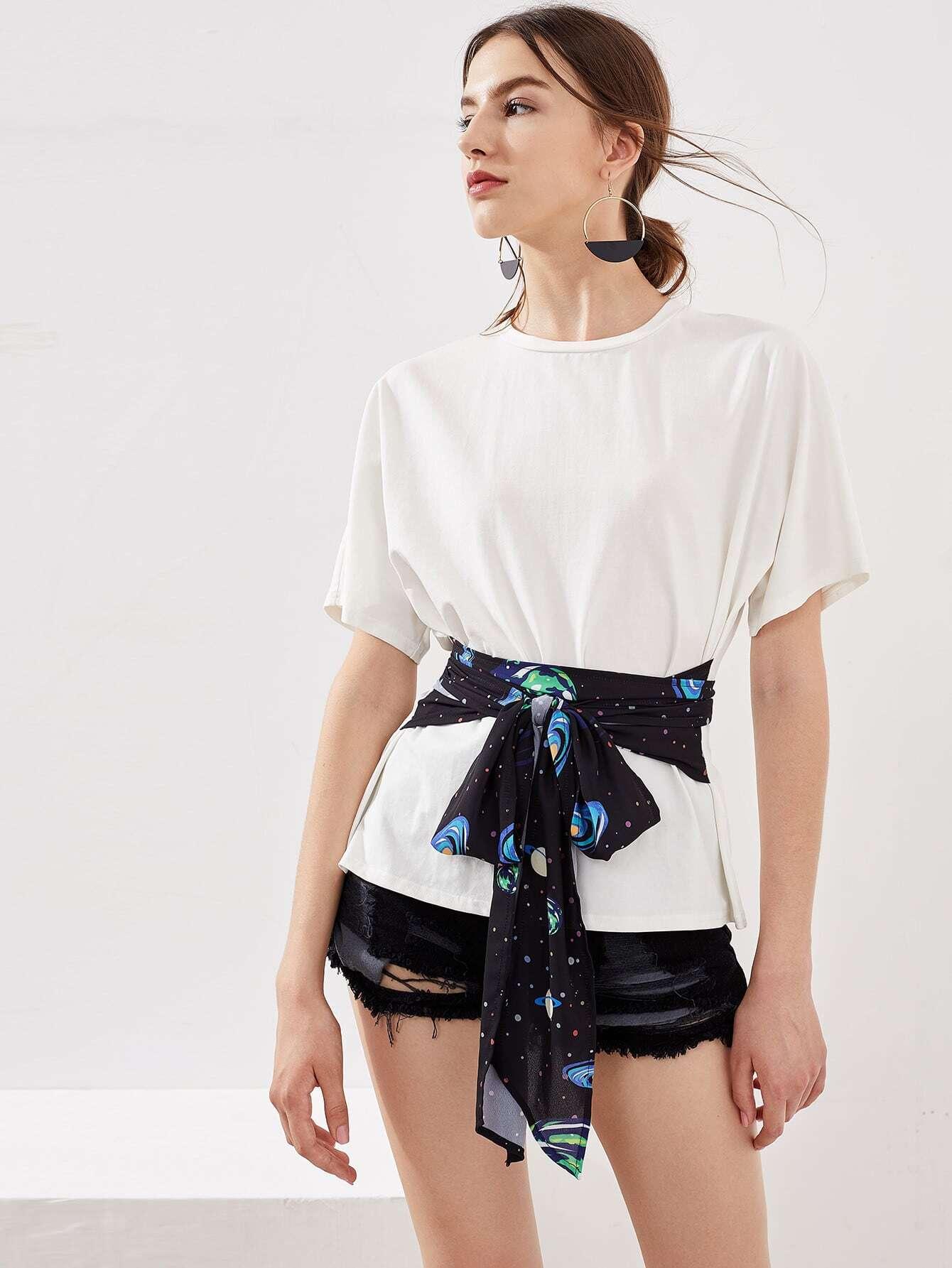 Фото Galaxy Print Sash Tie Detail T-shirt. Купить с доставкой