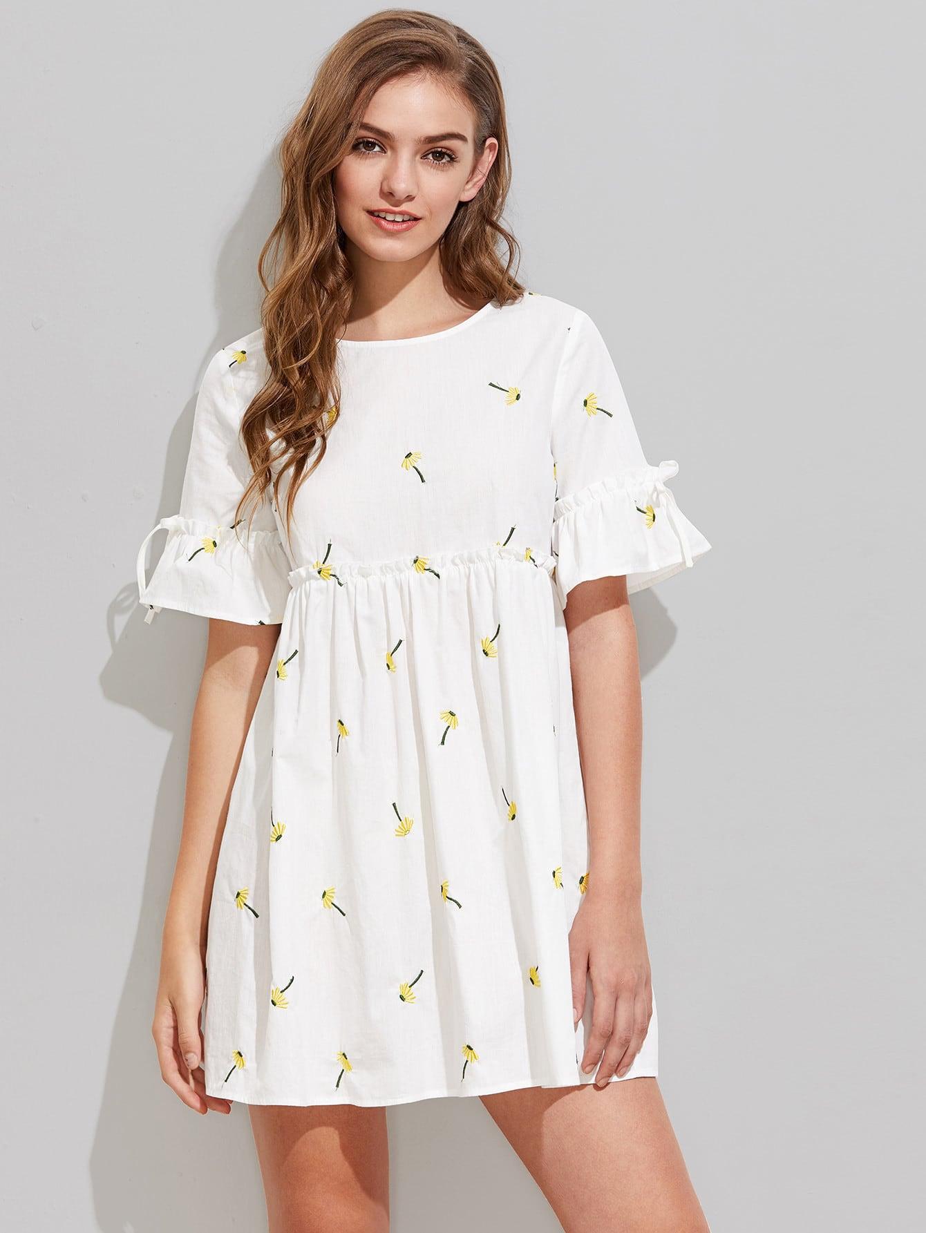 Фото Dandelion Embroidered Frilled Fluted Sleeve Babydoll Dress. Купить с доставкой