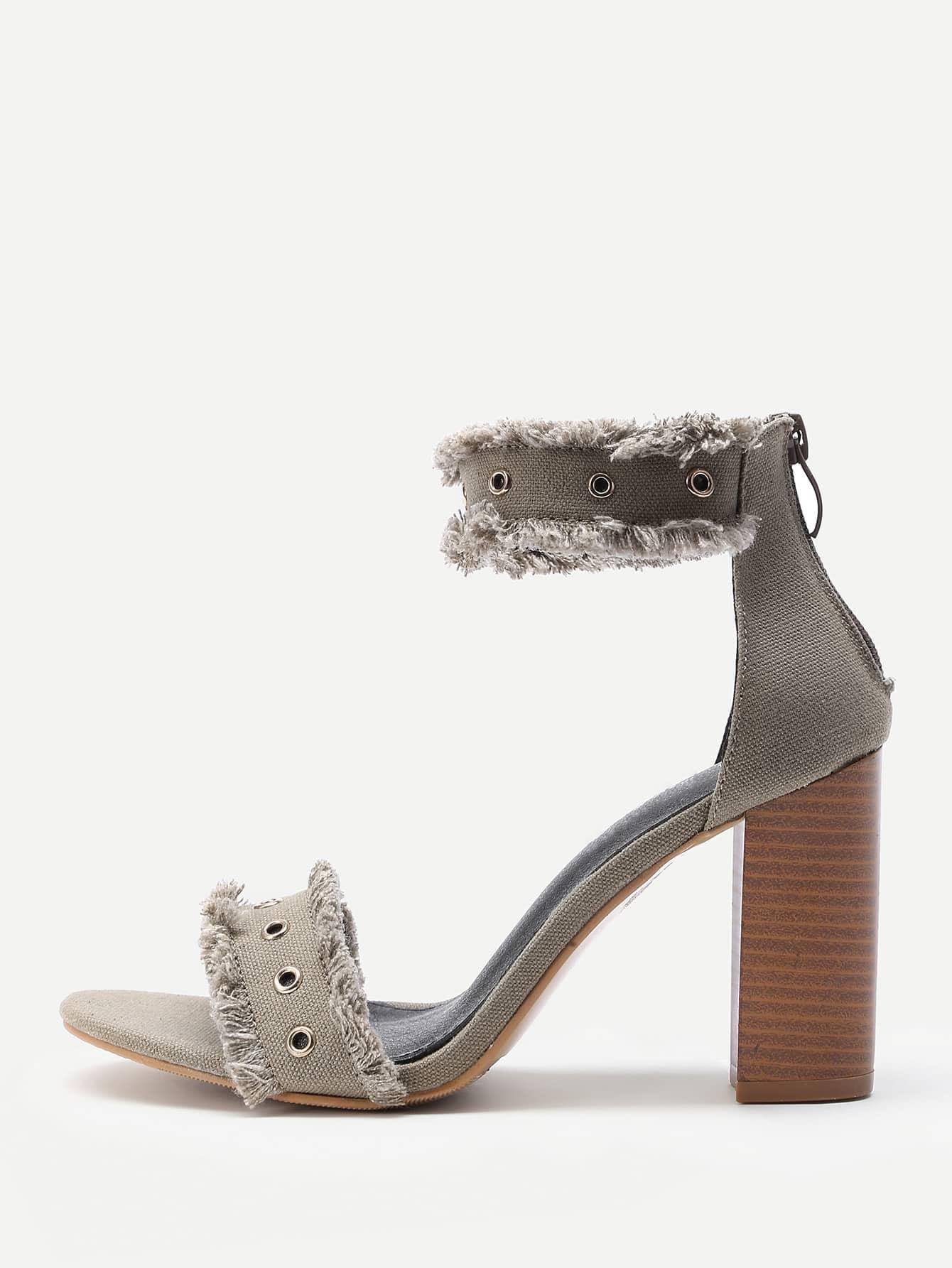 Фото Raw Trim Cork Heeled Denim Sandals With Eyelet. Купить с доставкой