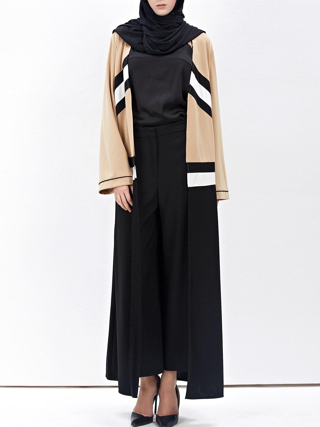 Contrast Striped Panel Longline Abaya With Hook & Eye