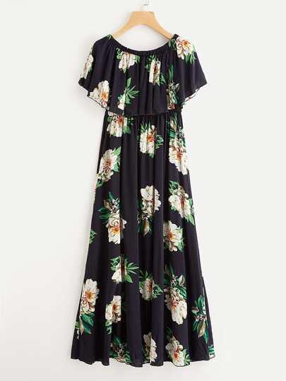 Модное платье с эластичной талией и открытыми плечами