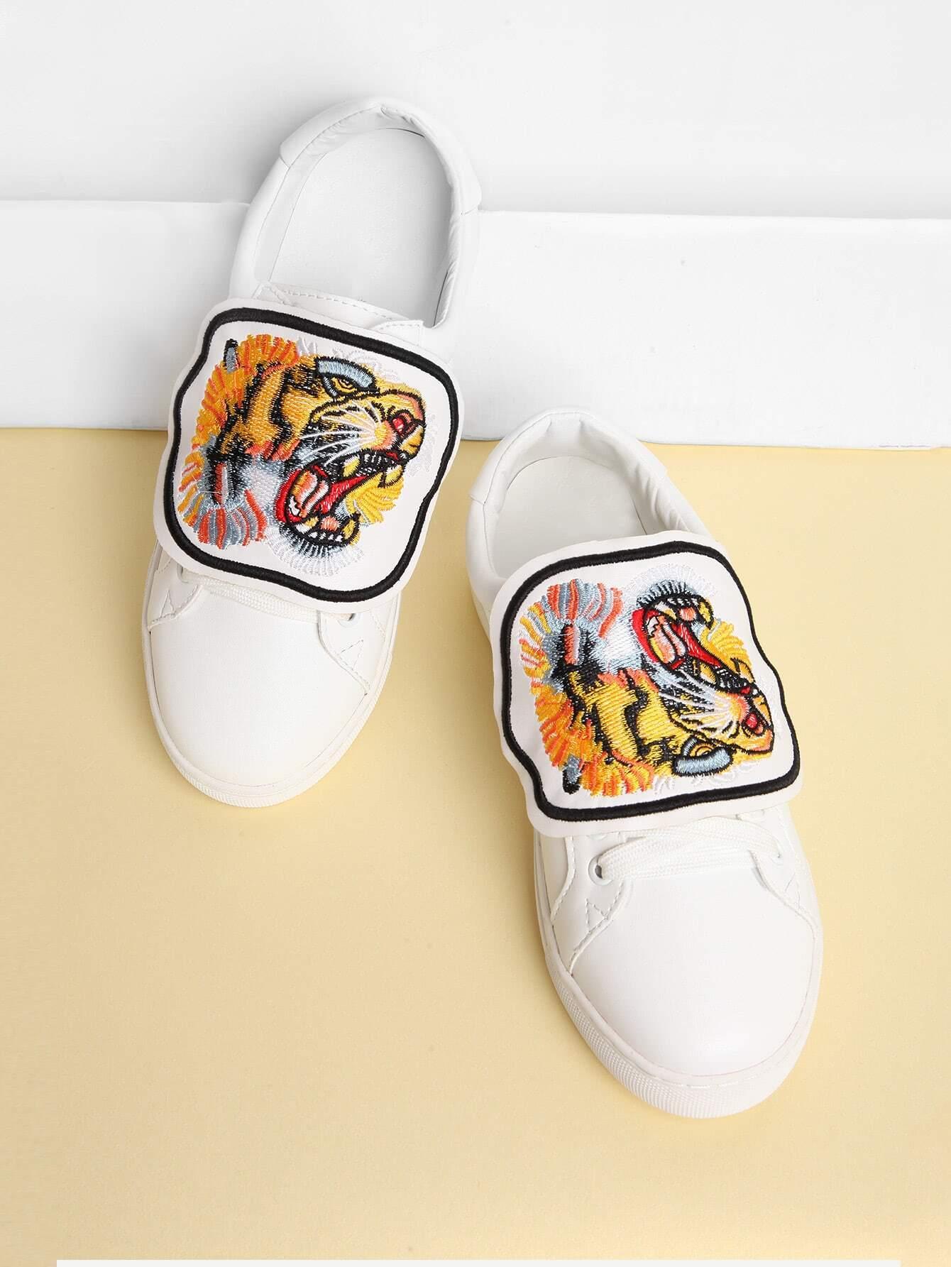 Фото Tiger Embroidery Lace Up Sneakers. Купить с доставкой