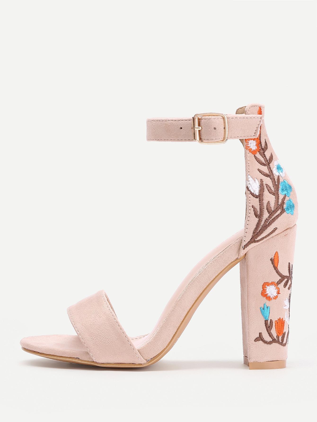 Фото Embroidery Detail Two Part Block Heeled Sandals. Купить с доставкой