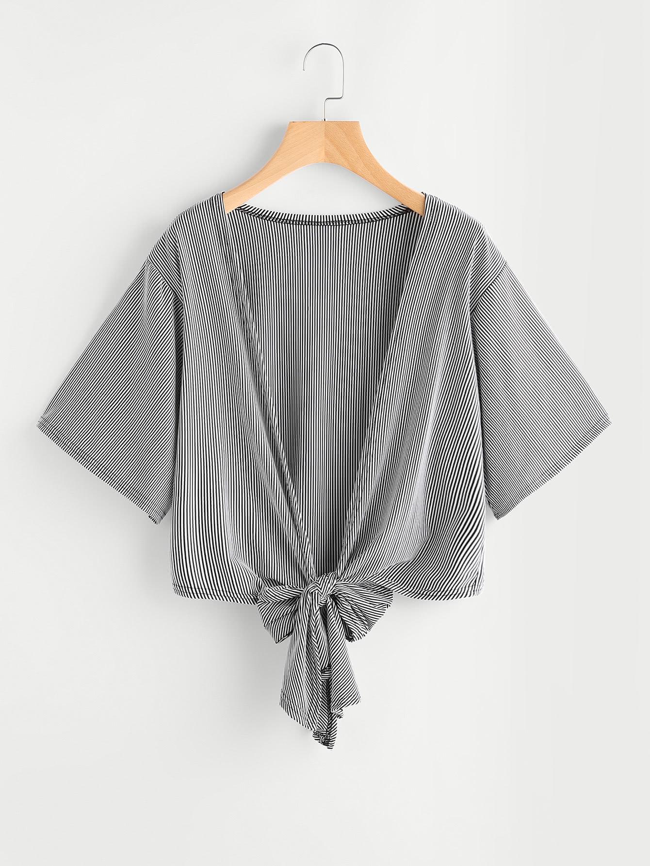 Фото Pinstriped Knotted Hem Kimono. Купить с доставкой