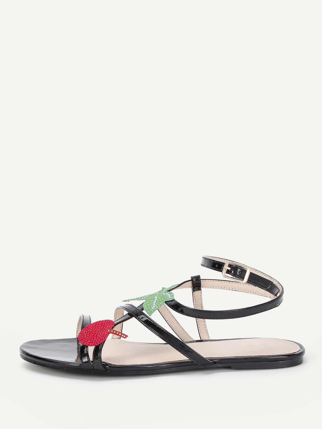 Фото Leaf Embellished Strappy Flat Sandals. Купить с доставкой