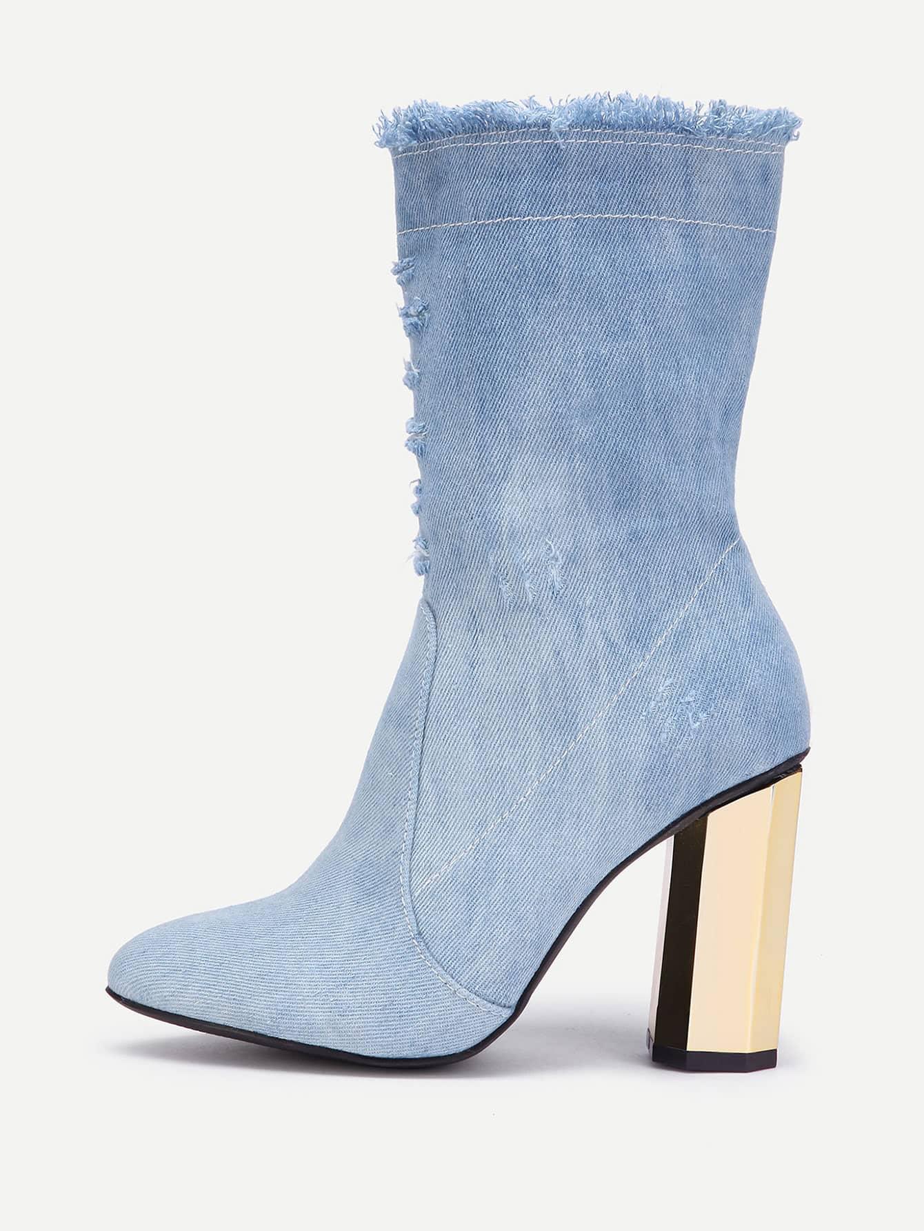 Фото Distressed Detail Block Heeled Denim Boots. Купить с доставкой