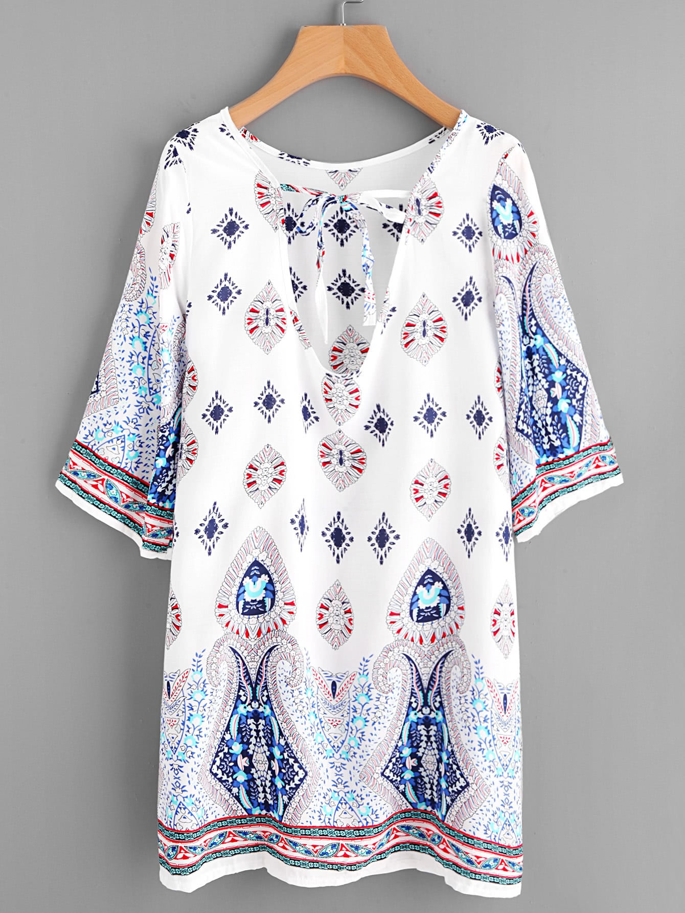 Фото Plunge Tie Neck Ornate Print Dress. Купить с доставкой