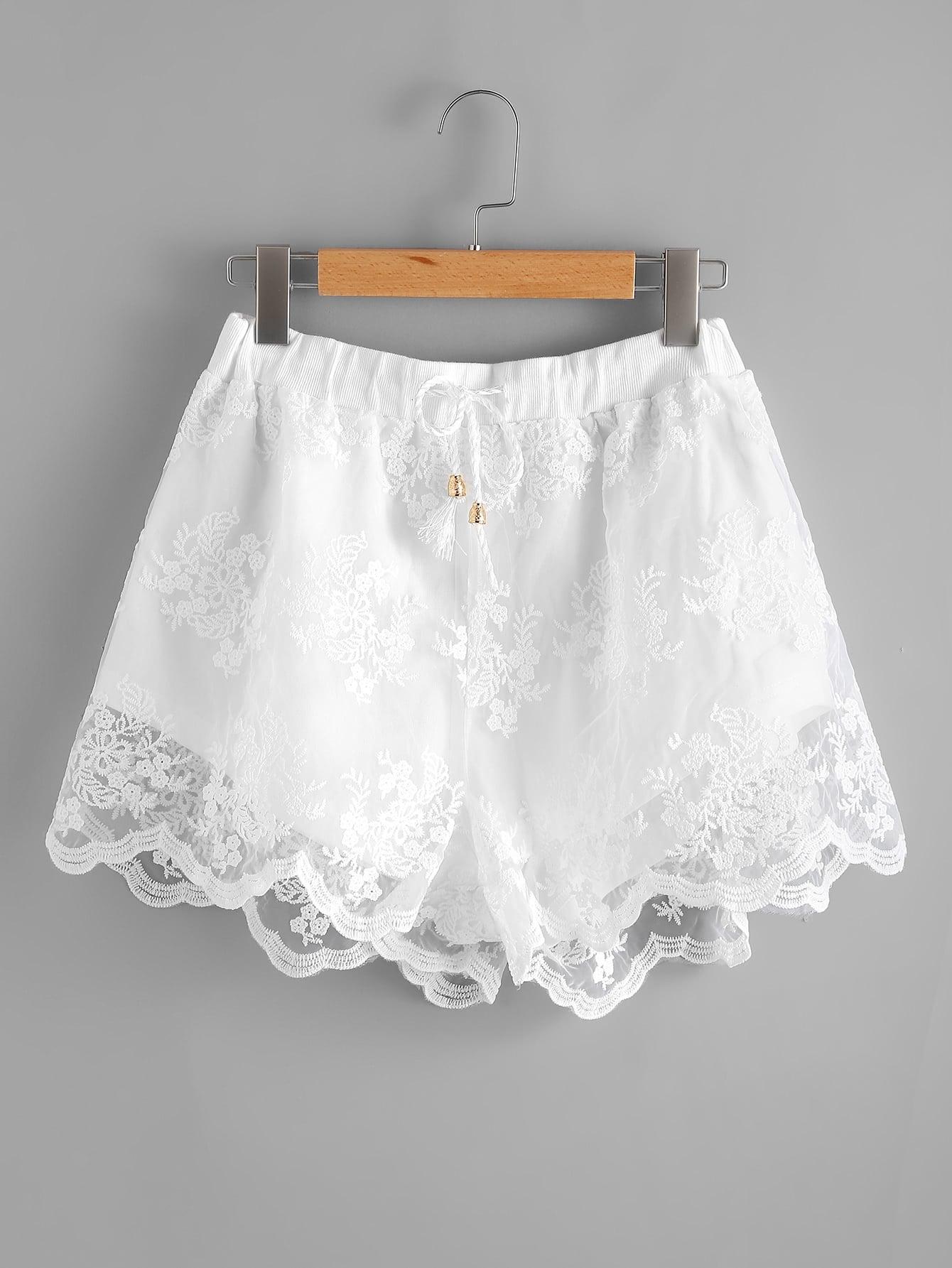 Фото Scallop Hem Embroidered Mesh Overlay Shorts. Купить с доставкой