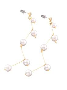 Boucles d\'oreille design de perles fausses et des franges