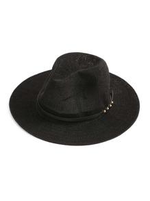 Sombrero de paja con banda de cuero artificial con detalle de metal