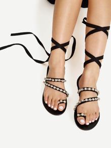 Модные сандалии со шнуровкой и стразами