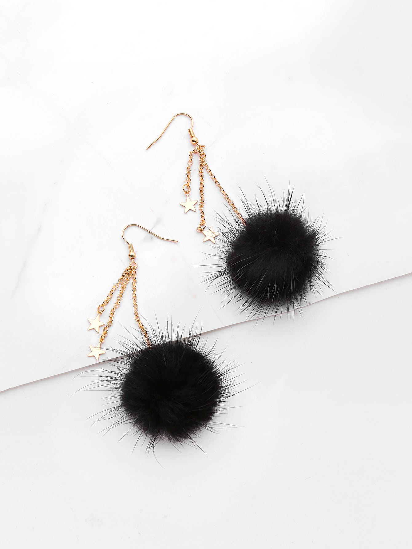 Фото Pom Pom Design Drop Earrings With Metal Star. Купить с доставкой