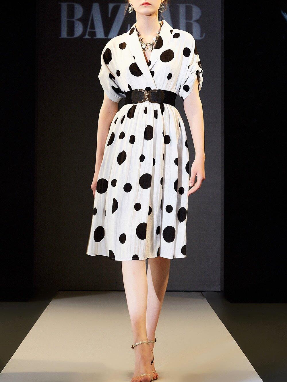 Фото V Neck Belted Polka Dot Dress. Купить с доставкой