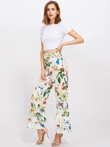 Pantalones botánicos con bajo de volante escalonado fotos