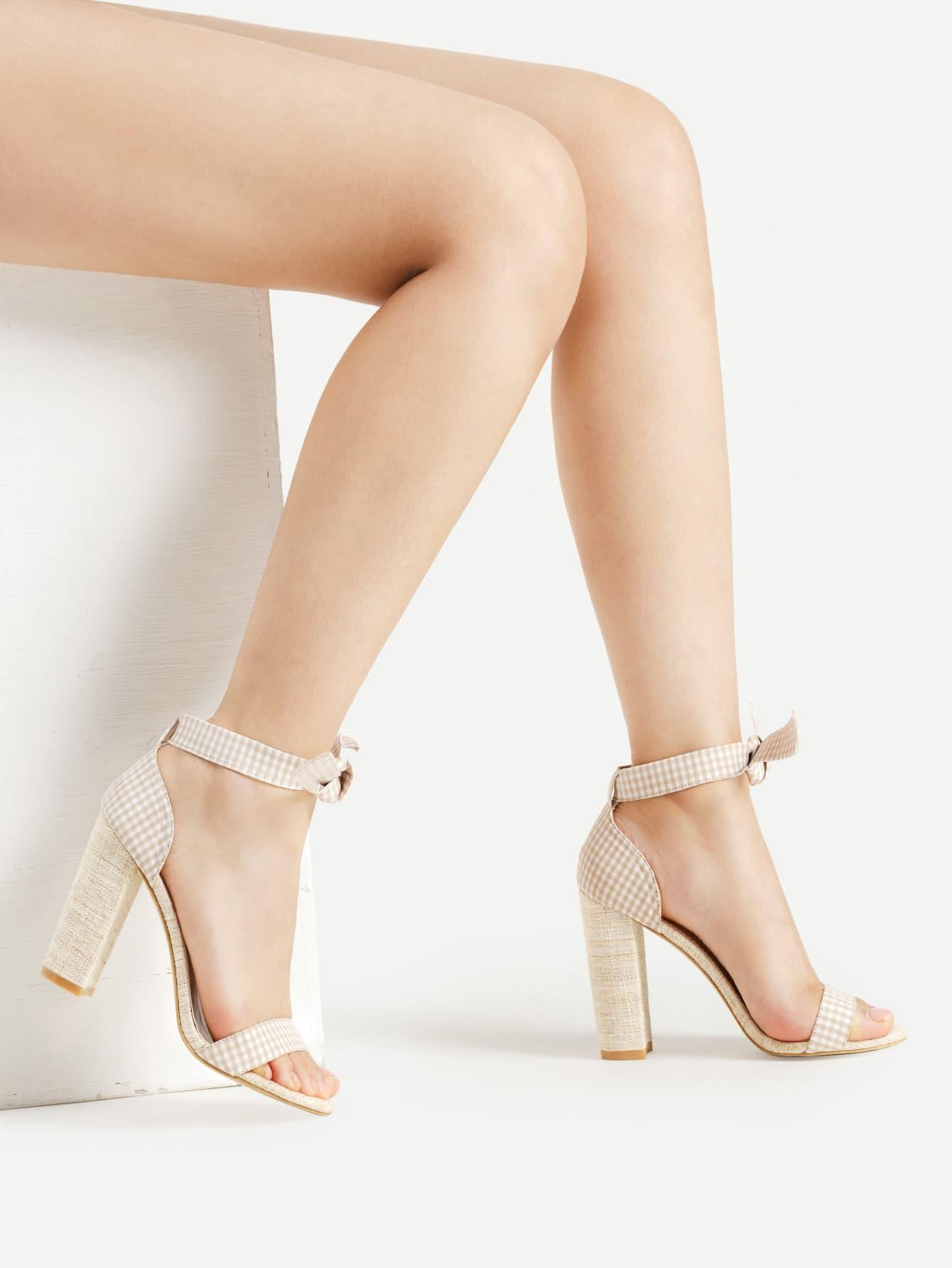 Фото Gingham Two Part Block Heeled Sandals With Bow. Купить с доставкой