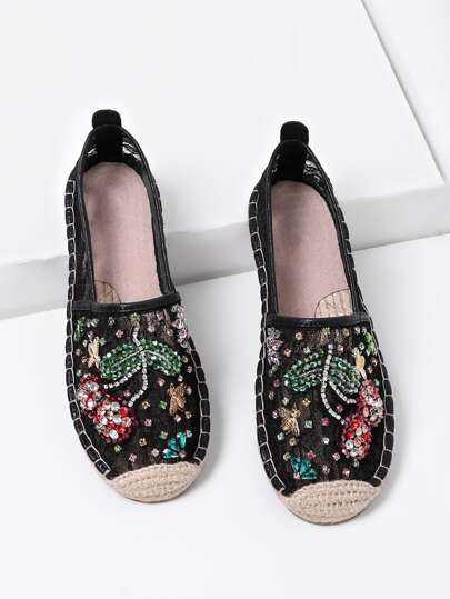 Rhinestone Decorated Flower Pattern Lace Flats