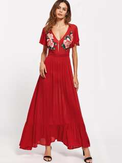 Symmetrical Embroidery Patch Flutter Sleeve Ruffle Hem Dress