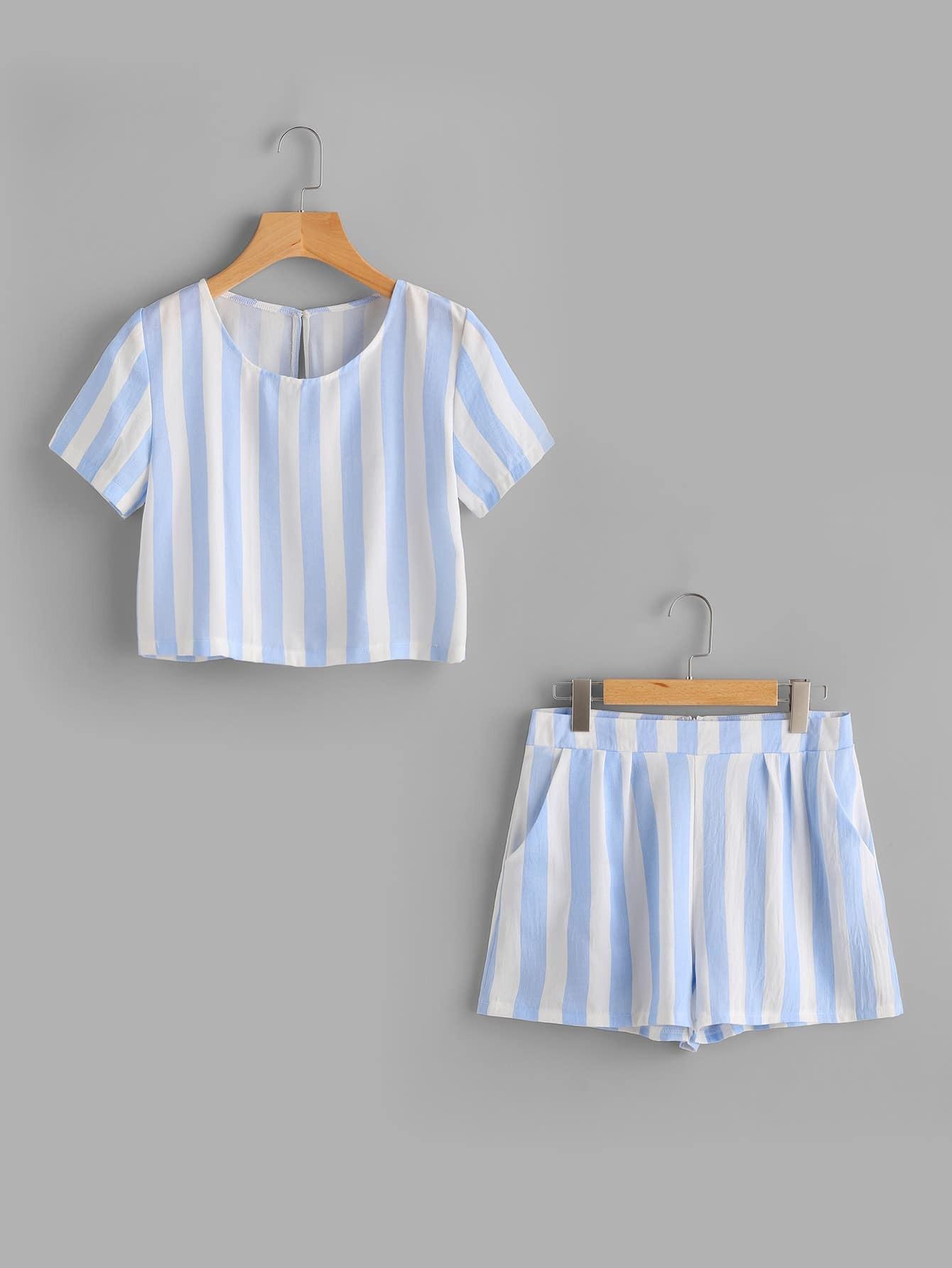 Фото Contrast Striped Keyhole Back Top With Shorts. Купить с доставкой