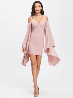Exaggerate Bell Sleeve Sweetheart Dress