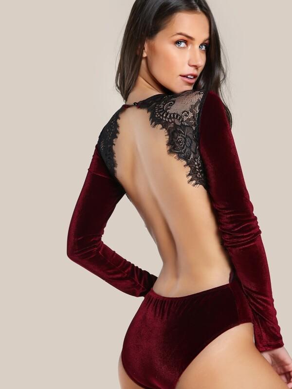 Сексуальное боди с открытой грудью размер 54 58