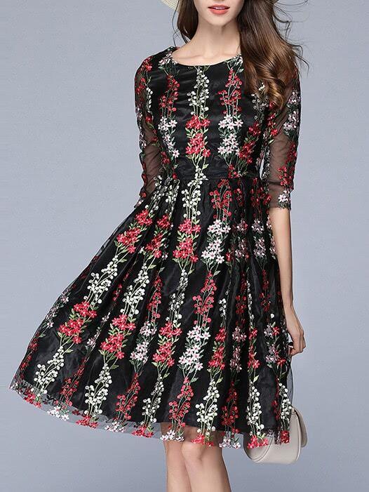 Фото Flowers Gauze Embroidered Dress. Купить с доставкой
